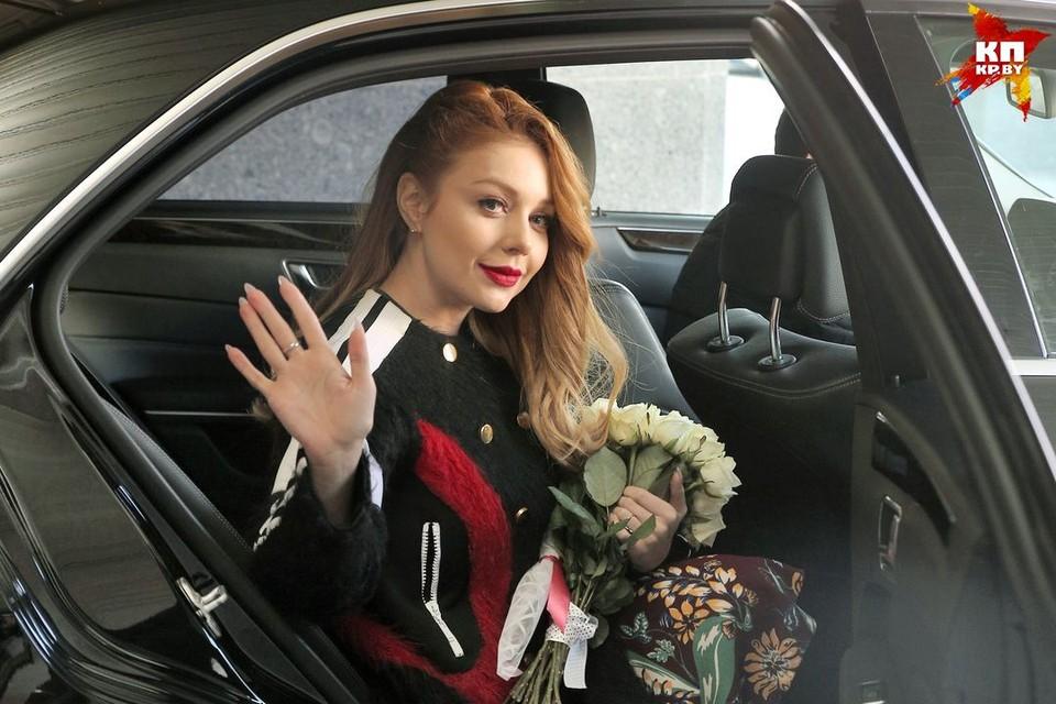 Тина Кароль приехала в Минск, чтобы посмотреть площадку Дворца Республики и пообщаться с журналистами.