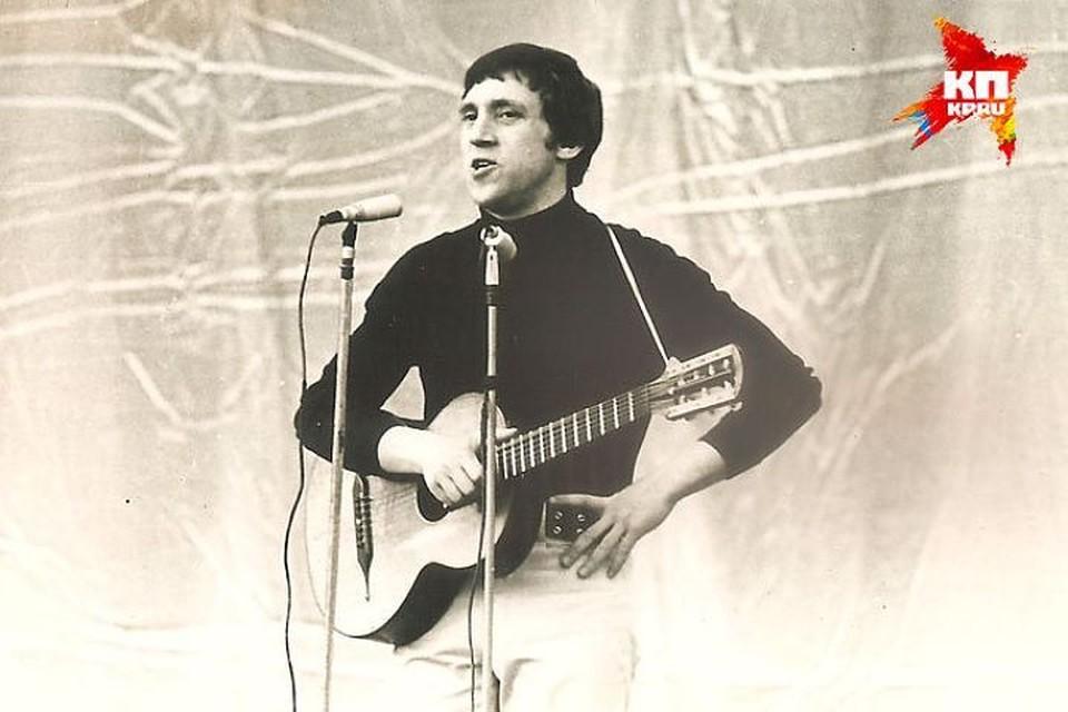 Владимир Высоцкий в Кишиневе. Концерт в Зеленом театре 1972 год. Фото: из архива Александра Вискалова