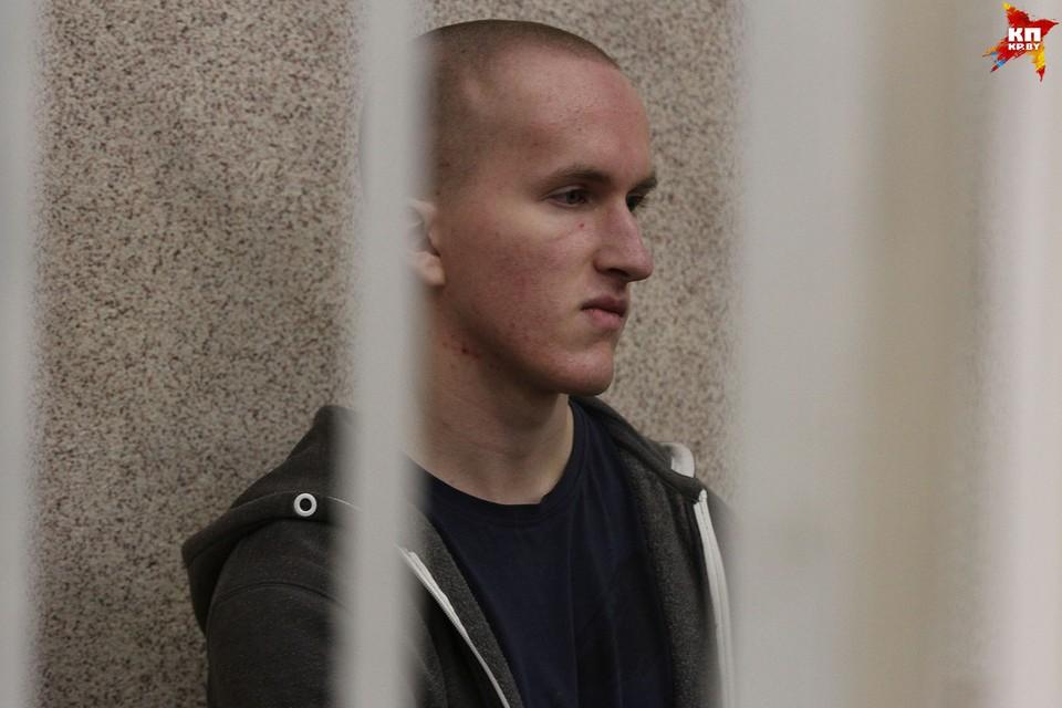 17-летний подросток напал на посетителей ТЦ «Европа» с бензопилой и топором. Фото: Мария РОЛЬСКИТЕ