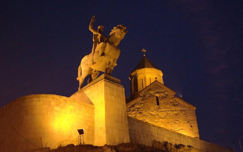 Тбилиси - в первой тройке зарубежных городов, куда наши туристы летят на 23 февраля.
