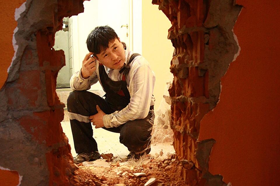 Сейчас в России действуют достаточно жесткие законы, которые регулируют перепланировку квартир в многоэтажках