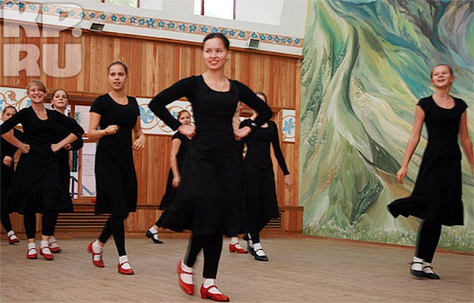 Лицеисты Щетинина обеспечены специальными костюмами для репетиций.