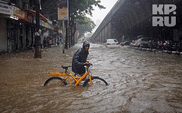 deluge mumbai essay