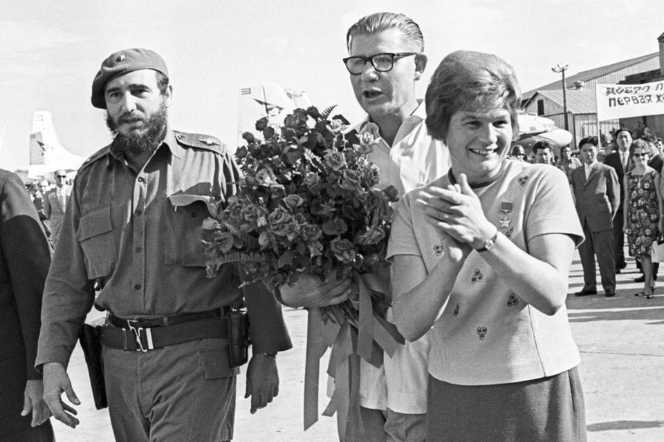 Валентина Терешкова прибыла с визитом на Кубу. 1963 год