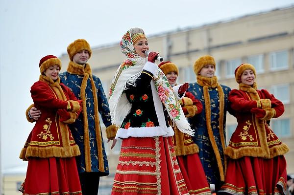 Народный ансамбль на Масленицу