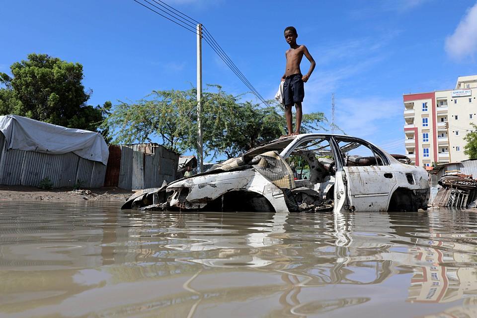 Сильные ливни затопили Сомали