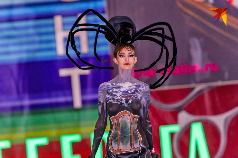 Яркие моменты дефиле в категории Боди-арт на Международном фестивале красоты «Невские Берега» в Санкт-Петербурге