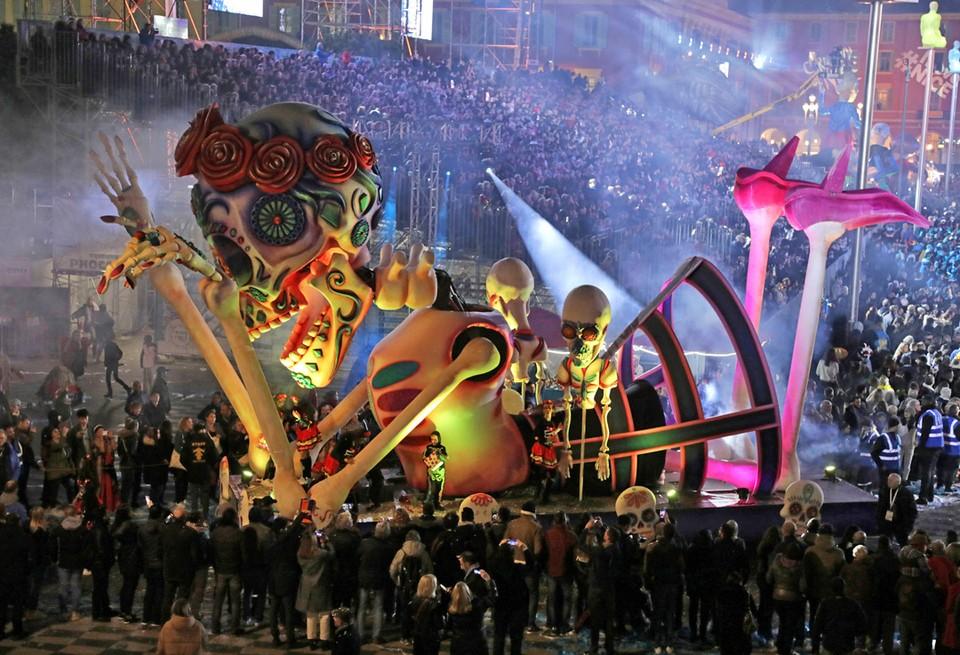 В Ницце проходит 136-й традиционный карнавал.