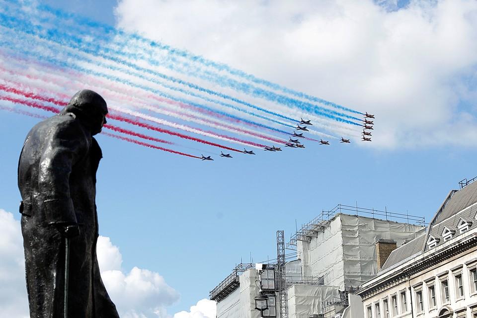 Франция отмечает 80-летие со дня обращения генерала Шарля де Голля к нации, положившего начало движению Сопротивления