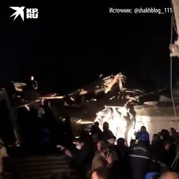 Взрыв прогремел в жилом доме в Баку, под завалами могут быть люди.