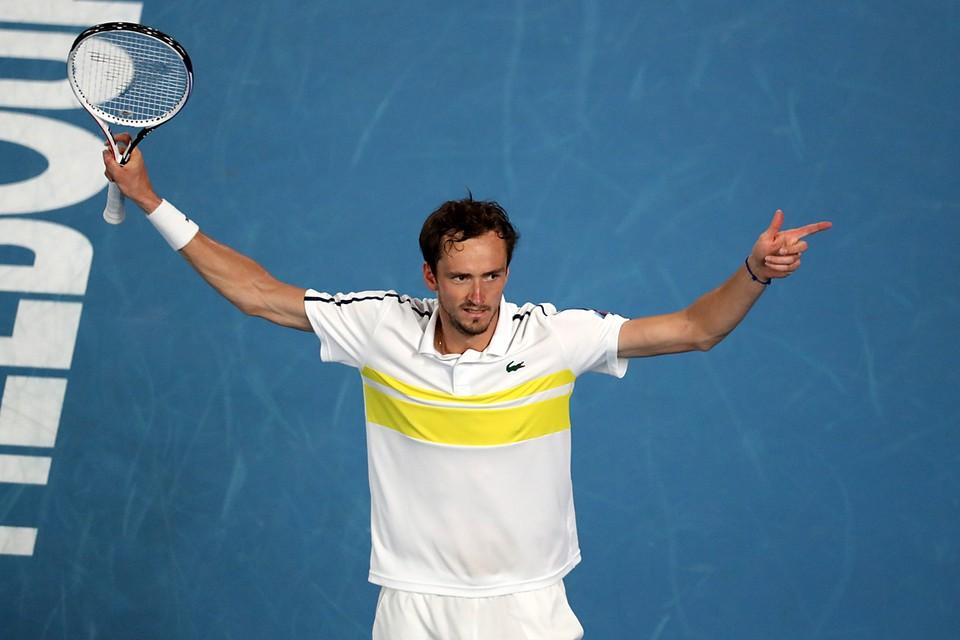 Российский теннисист Даниил Медведев вышел в финал турнира Australian Open. Победная серия Даниила Медведева в рамках турниров АТР достигла уже 20 матчей