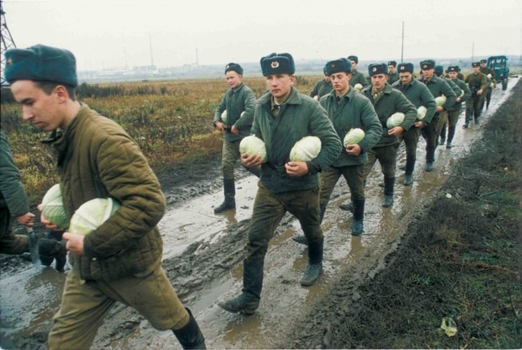 Российская армия в 1996 году...