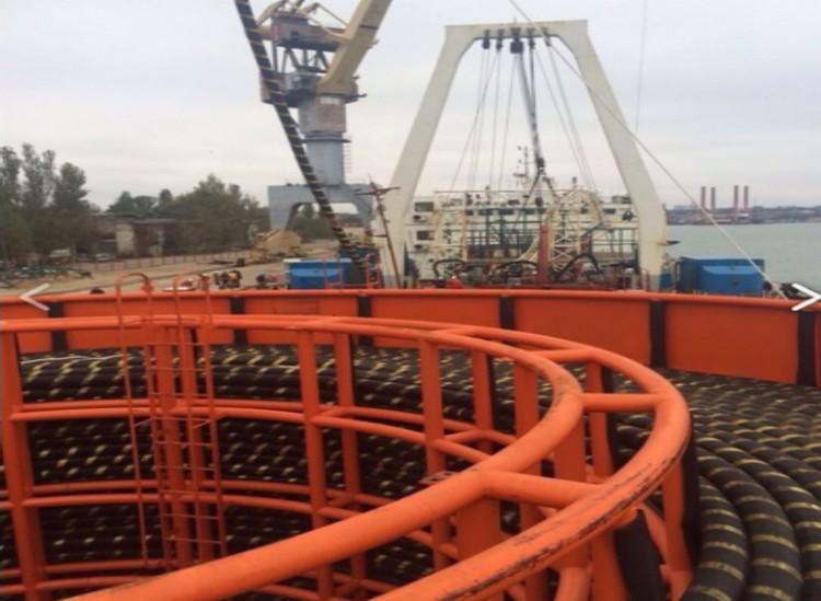 Так выглядит палуба судна - укладчика.  Фото: Керч ФМ