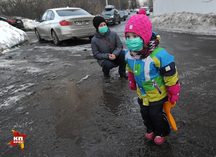 В эти выходные аномально тепло практически по всей Европейской части России, температурные рекорды установлены в десятке городов
