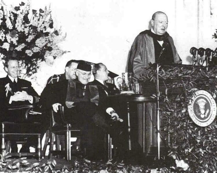 Фултоновская речь. Запад устами недавнего союзника Кремля Черчилля объявил о начале «холодной войны» против СССР