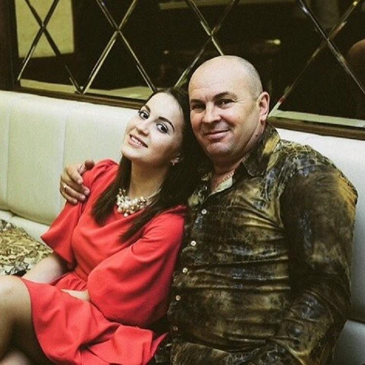 Николай Карпенко с дочерью. Фото из социальной сети.