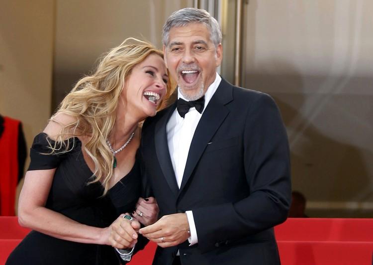Красотка флиртовала с Клуни...