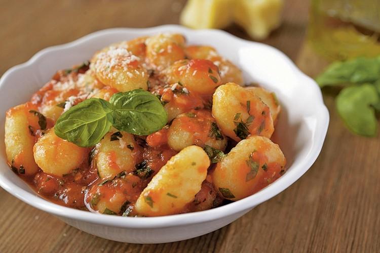 Картофельные ньокки с томатным соусом. Фото: Фотобанк Лори