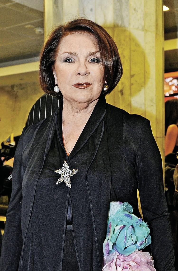 Актриса Лариса Голубкина, вдова Андрея Миронова.