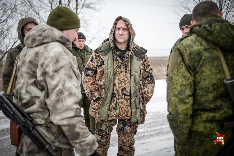 Заха Прилепин переехал в Донецк и надел погоны