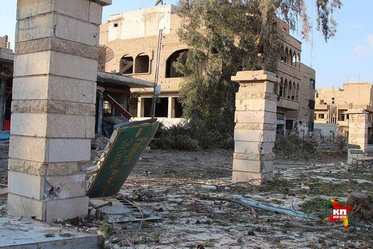 Разрушения в жилых кварталах Пальмиры.