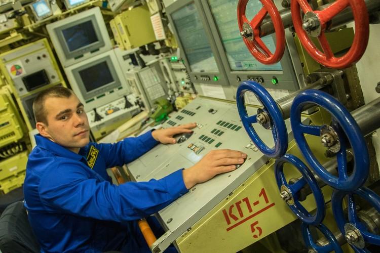 Здесь происходит мониторинг всех приборов на подводной лодке