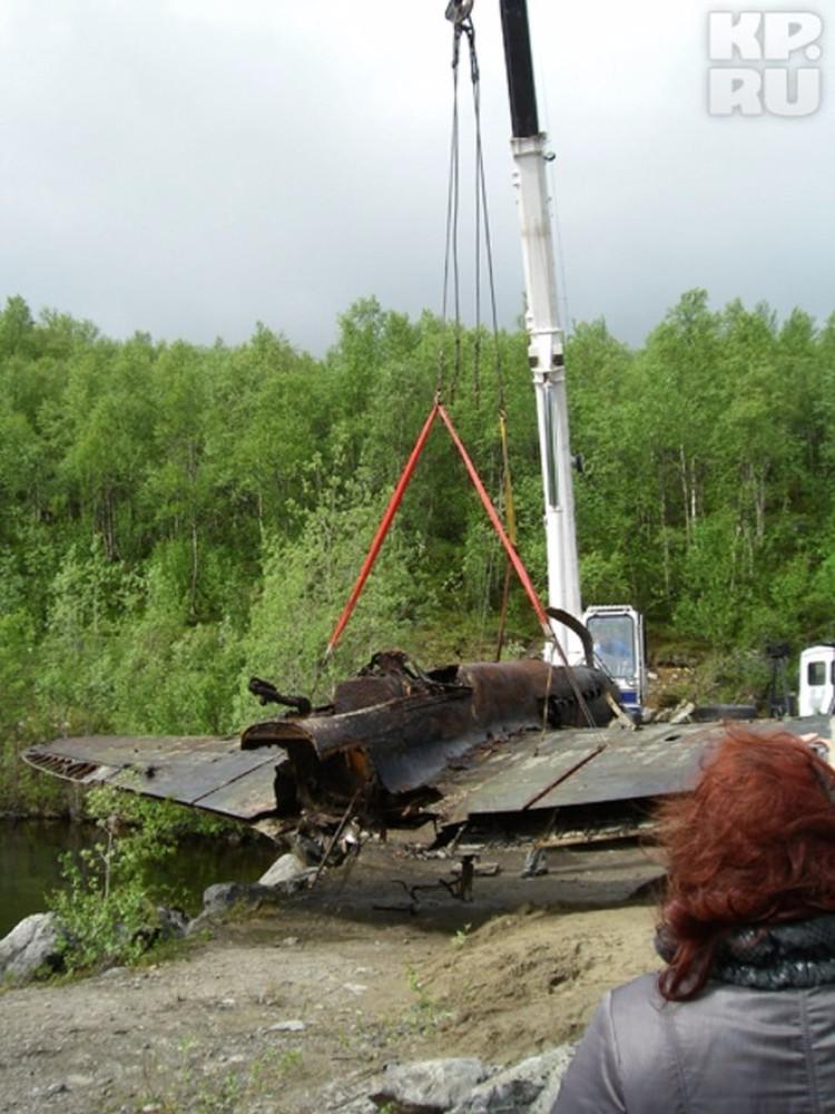 Ил-2 подняли со дна озера, где он пролежал 69 лет. Фото: Алексей БАКУМЕНКО