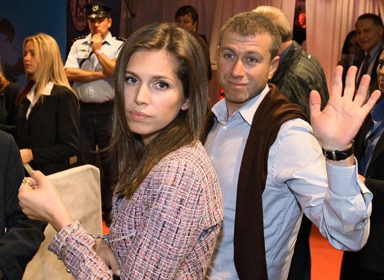 Роман Абрамович и Дарья Жукова осенью 2007 года. Фото ИТАР-ТАСС/ Евгений Романов