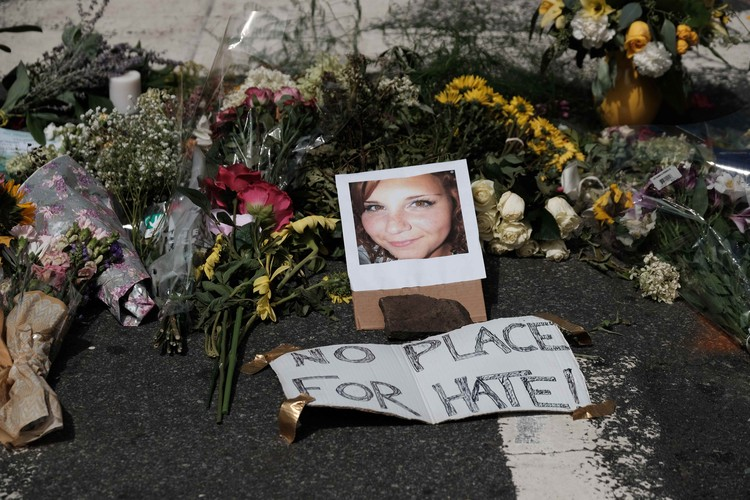 32-летняя Хизер Хейер погибла под колесами ультра-правого фанатика
