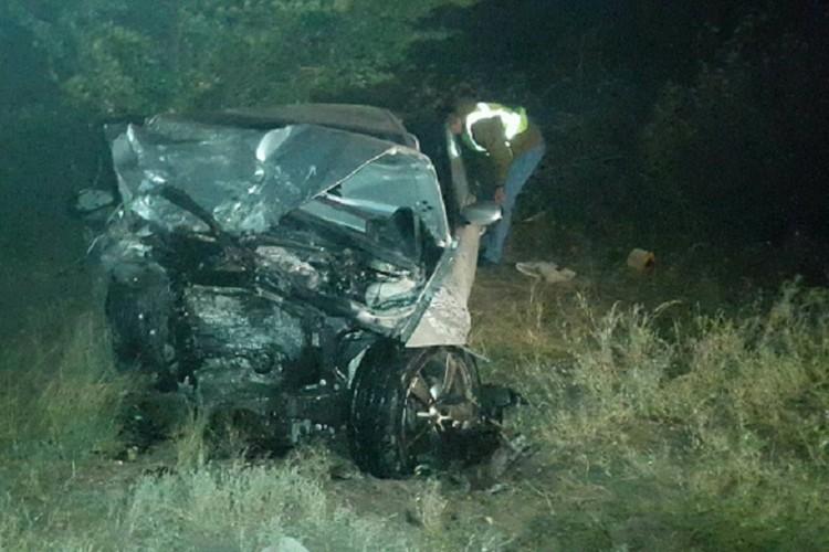 В аварии погибли двое.