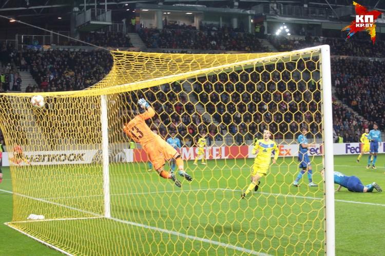 Иванич забил в нетипичной для себя намере - головой.