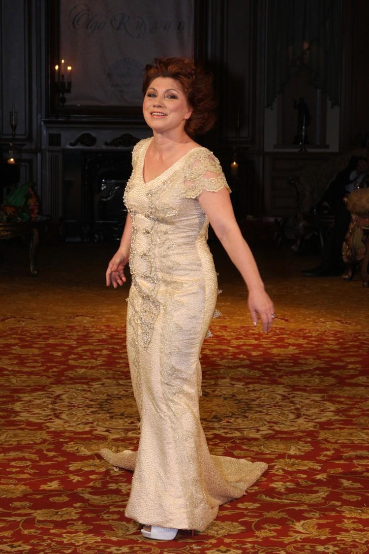 Роза Сябитова весила 75 кило при росте 155 см.