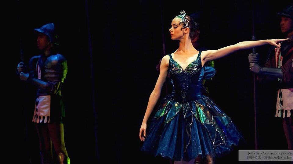 Полностью Раздетая Михалина Ольшанская – Дочери Танца (2020)