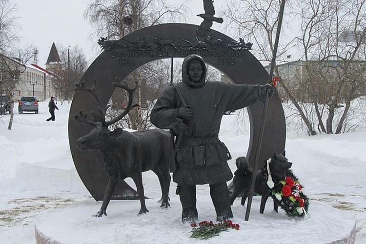 Такой памятник поставили в Ненецком округе. какой же появится у нас?