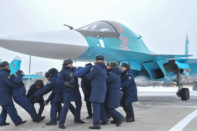 Летчики вернулись из Сирии в Комсомольск-на-Амуре