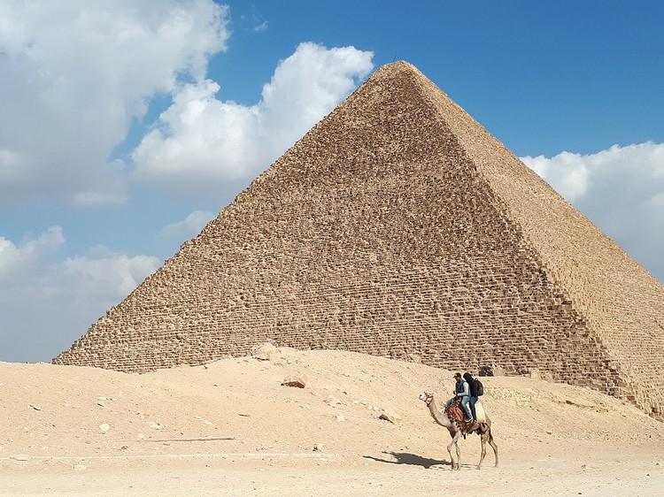 Стабильными в сегодняшнем Египте остаются только пирамиды