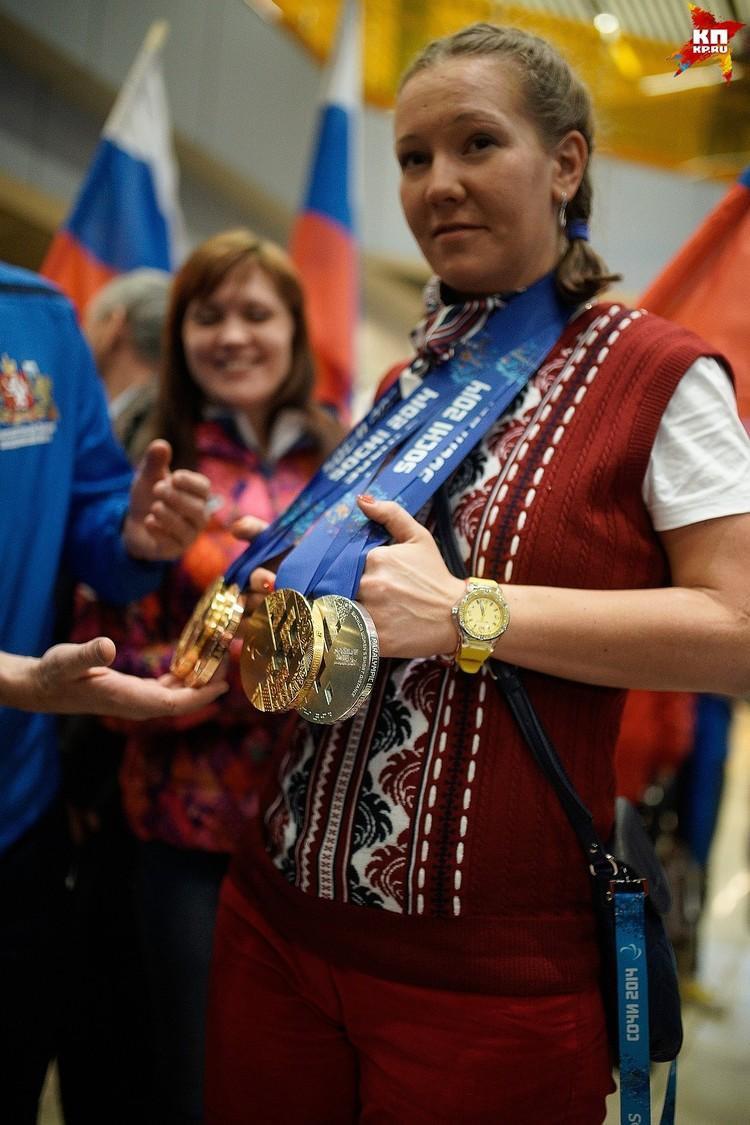 Для 31-летней Анны Милениной это уже 13 медаль. Первое золото свердловская спортсменка завоевала еще в 2006 году