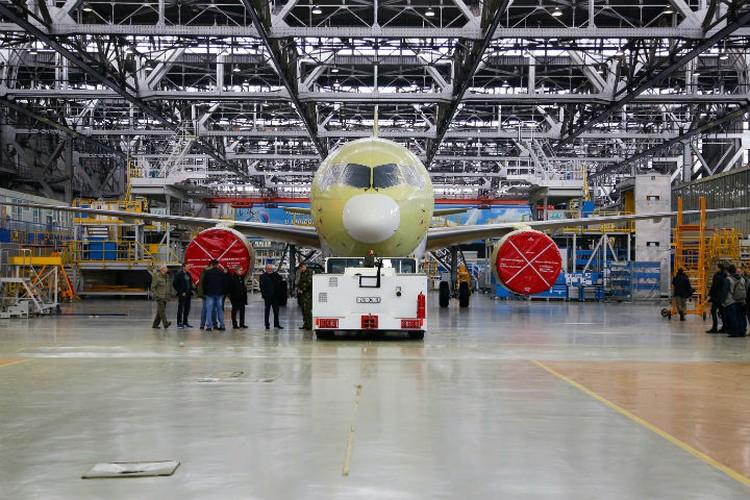 Фото второго собранного экземпляра МС-21. Фото: официальный сайт министерства промышленности и торговли России