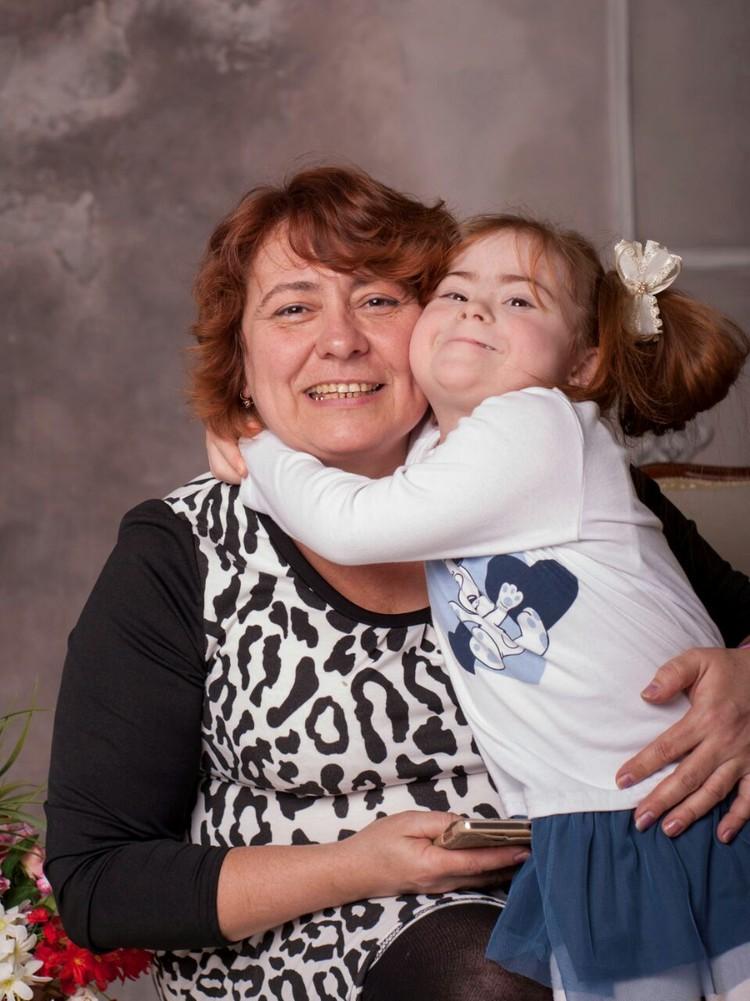 Сейчас маленькая Наташа и ее мама живут в обычной ростовской квартире. Фото: предоставлено Надеждой Литвиненко.