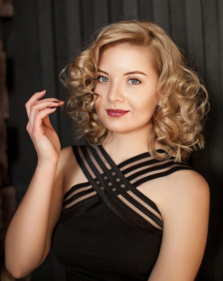 Алена Сабадаш - сестра Игоря Вострикова, тоже была в горящем кинотеатре