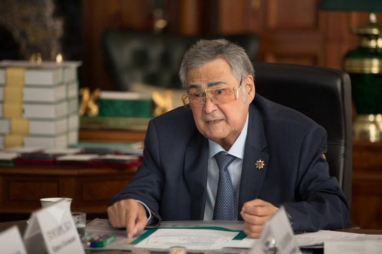 Аман Тулеев отметил, что его отставка - единственно возможное решение после пожара и гибели людей Фото: АКО