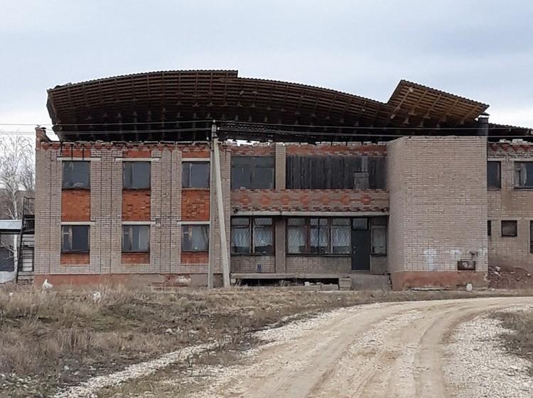 А вот так здание выглядело до урагана. Фото: предоставлено Олегом Коноваловым