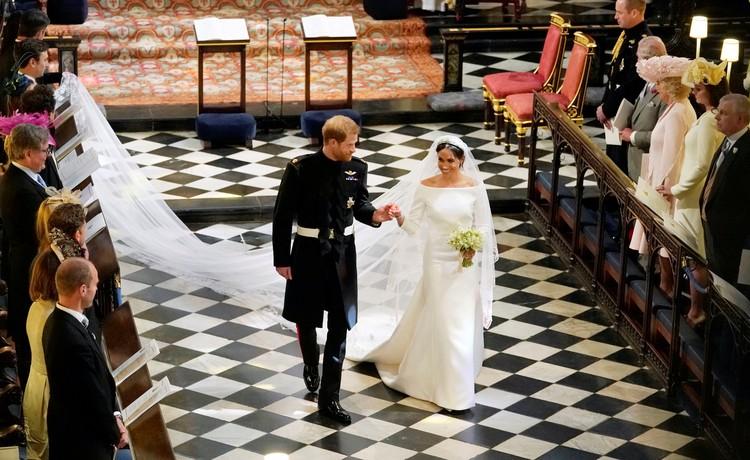 Принц Гарри и Меган - теперь уже муж и жена