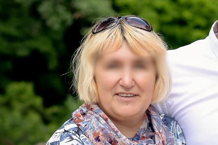 Людмила Михайловна водила автомобиль более 30 лет, ездила всегда аккуратно. Фото - из личного архива родных