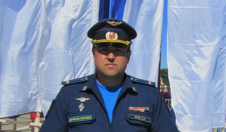 Заместитель командира 27-го смешанного авиационного полка, дислоцируемого в Тамбове,подполковник Ярко Богдан Святославович, военный лётчик 1-го класса