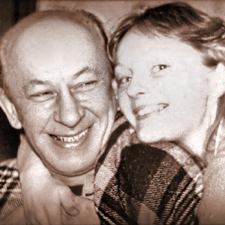 С Евгением Евстигнеевым Цывина жила с 1986 по 1992 год - до самой смерти знаменитого артиста.
