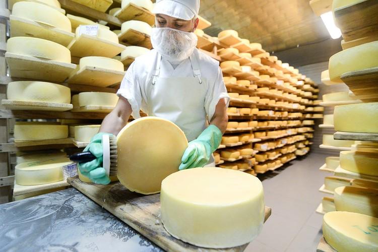 В дни проведения фестиваля посетители смогут научиться самостоятельно готовить блюда из сыра