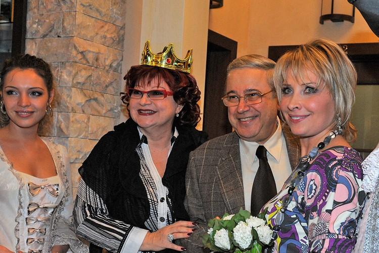 Король и королева российского юмора давно порознь и теперь делят имущество