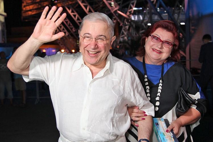 Самая веселая пара российского голубого экрана уже 15 лет живет врозь