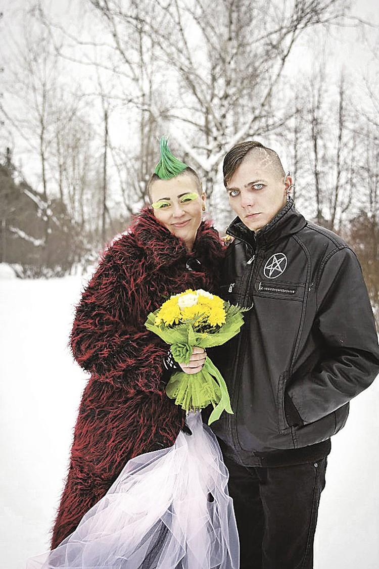 Константин и Наталья Меньшиковы из Перми дали ребенку имя Люцифер. И сразу стали известны на всю страну.